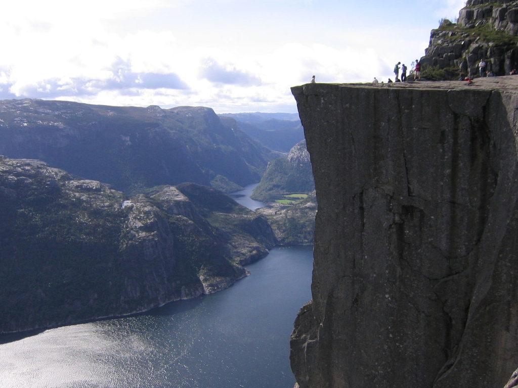 Norway_Preikestolen