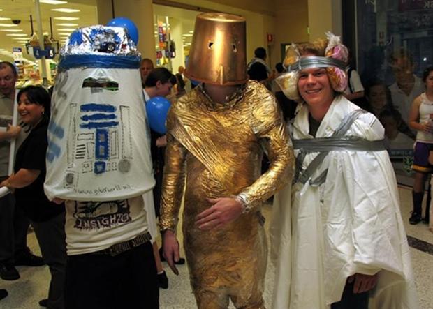 Śmieciowy cosplay Star Wars