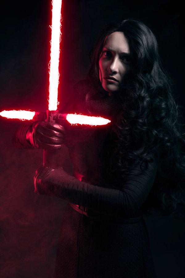 Female Kylo Ren - starwars.pl